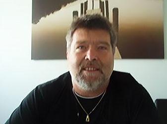Gerhard E., 52 Jahre, Elektrotechniker in Linz